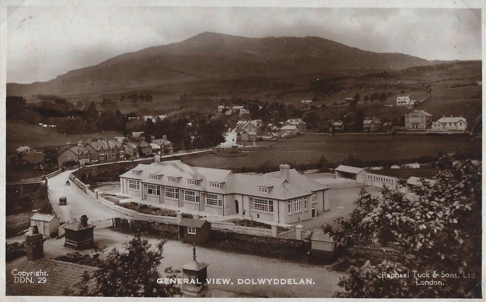 Dolwyddelan Primary School