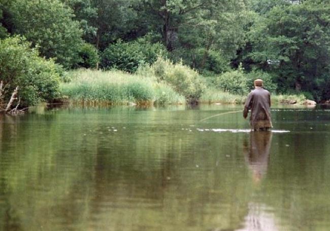 Fishing on the Afon Lledr b